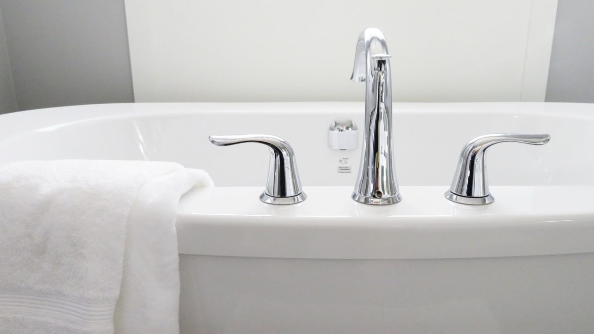 Nettoyer sa salle de bain au naturel - Lilinappy