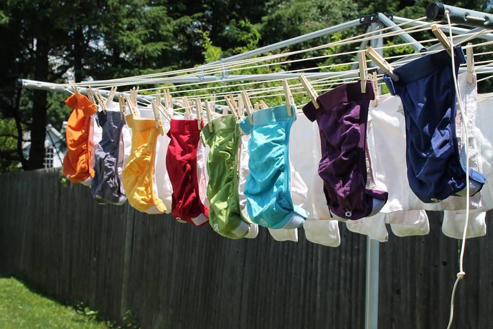 Détacher les couches lavables sans produit chimique