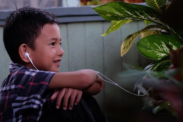 écologie et les enfants : podcast et vidéo